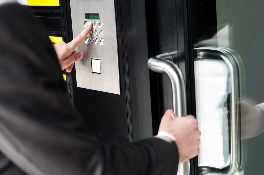 Kontrola dostępu, systemy instalacje Makrosat Toruń